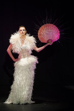Показ Serkan Cura коллекции сезона Весна-лето 2014 года Haute couture - www.elle.ru - Подиум - фото 575327
