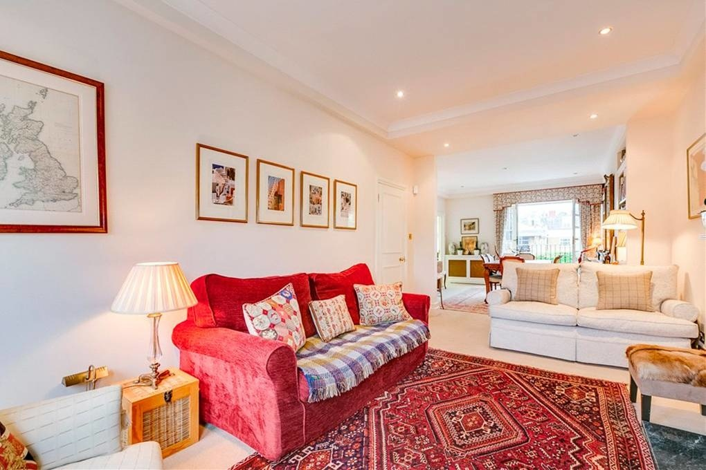В Лондоне продается бывшая квартира Кейт и Пиппы Миддлтон (галерея 5, фото 0)