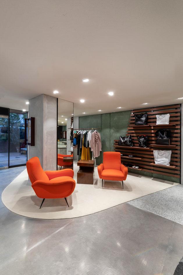 Яркий бутик одежды Plan C в Токио (фото 4)