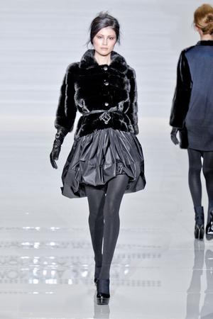Показ Simonetta Ravizza коллекции сезона Осень-зима 2012-2013 года prêt-à-porter - www.elle.ru - Подиум - фото 359062