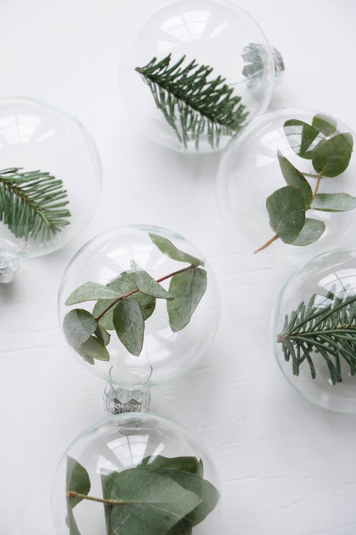 Прозрачные стеклянные шары, www.storeofdecor.ru, 990 руб. за набор из 10 шт.