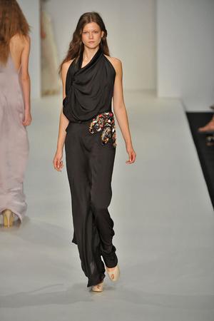 Показы мод Ossie Clark Весна-лето 2009 | Подиум на ELLE - Подиум - фото 3390