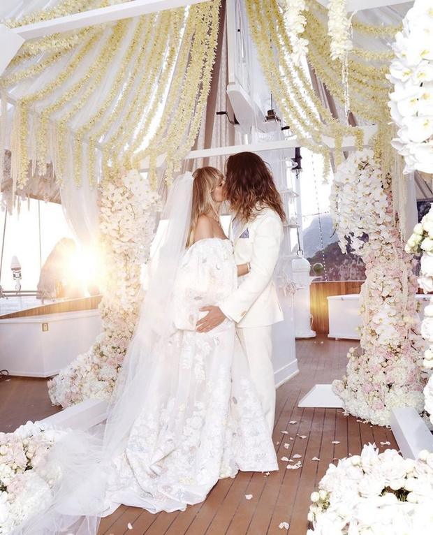 Итоги лета: свадебный #newlook — платье Valentino (фото 1)