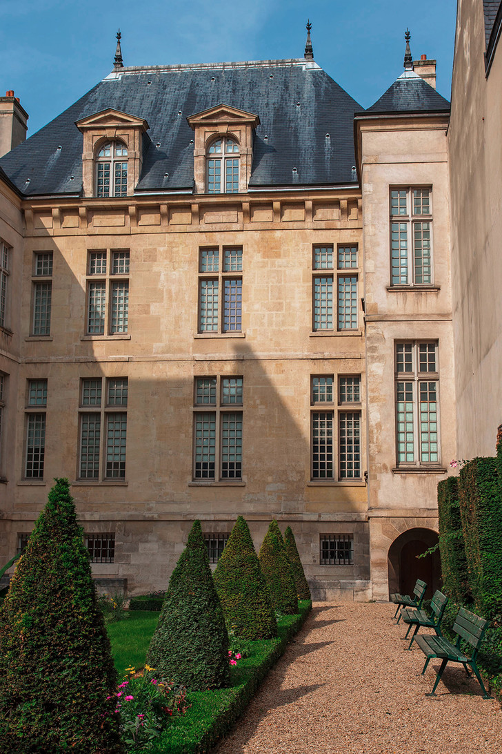 Музей Коньяк-Жэ в Париже