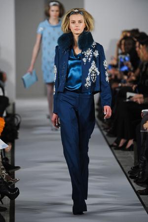 Показы мод Oscar de la Renta Осень-зима 2012-2013 | Подиум на ELLE - Подиум - фото 1648