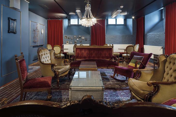 Александровский театр в Хельсинки выставлен на продажу (фото 7)