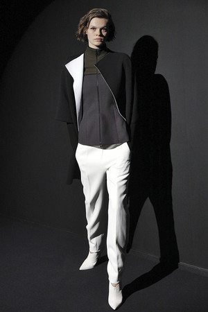 Показ Narciso Rodriguez коллекции сезона осень-зима  2018-2019 года Prêt-à-porter - www.elle.ru - Подиум - фото 686881