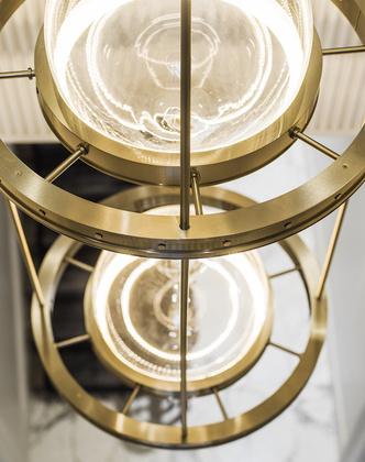 Первая коллекция мебели и света Олега Клодта и Анны Агаповой (фото 4.2)