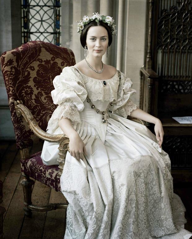 Самые известные свадебные платья из фильмов и сериалов (фото 47)