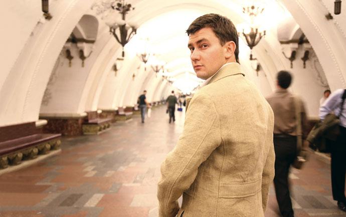 Дмитрий Глуховский1