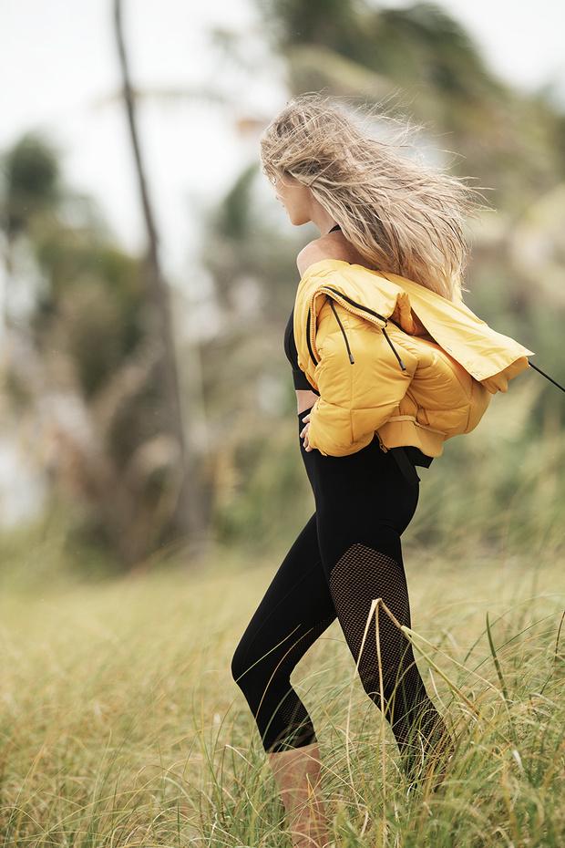 Тренд сезона: пастельные ветровки и комбинезоны серферов (фото 8)