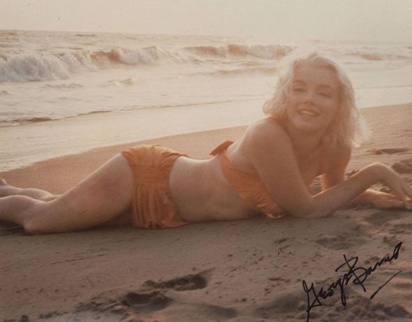 Мэрилин Монро в купальнике