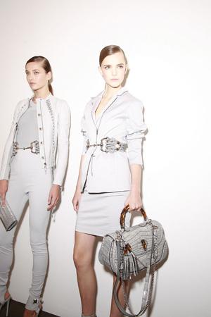 Показ Gucci коллекции сезона Весна-лето 2010 года prêt-à-porter - www.elle.ru - Подиум - фото 116584