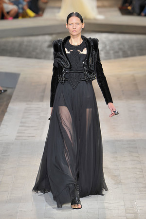 Показы мод Givenchy Осень-зима 2009-2010   Подиум на ELLE - Подиум - фото 3262