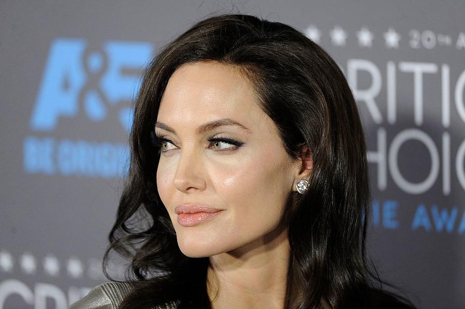 Картинки по запросу Анджелина Джоли