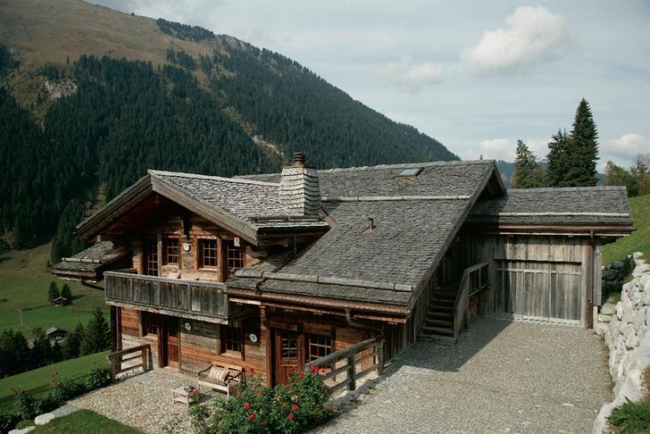 Дом XVI века в швейцарском городке Гштаад.