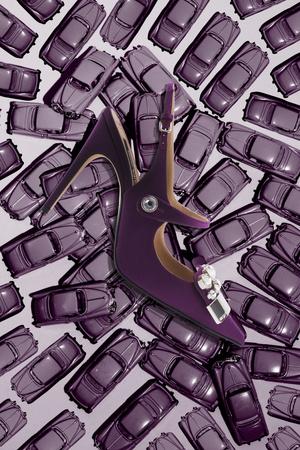 Ведущие обувные бренды создали модели в честь 25-летия NO ONE (фото 1)