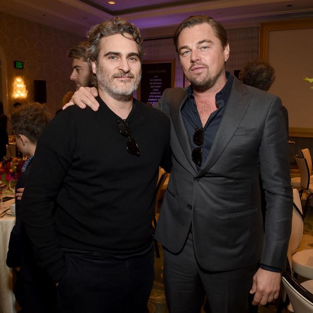 Сезон киновечеринок объявляется открытым: Брэд Питт, Леонардо Ди Каприо, Сирша Ронан и другие гости AFI Awards (фото 9)