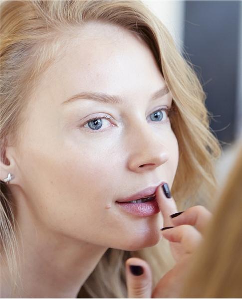 Star Trends: Светлана Ходченкова в модных бьюти-образах нового сезона | галерея [3] фото [3]