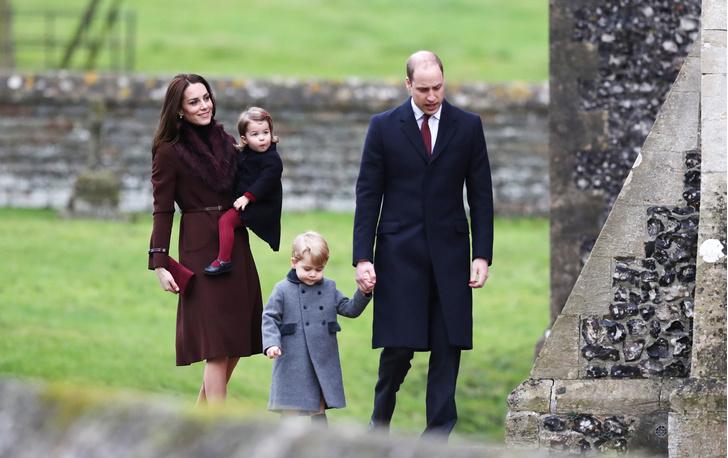 Рождественские традиции британской королевской семьи (фото 14)
