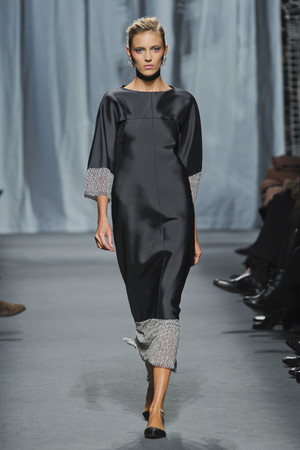 Показ  коллекции сезона Весна-лето 2011 года haute couture - www.elle.ru - Подиум - фото 215714