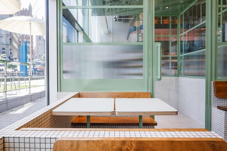 Маленькое дизайнерское кафе Melk в Монреале (фото 9)