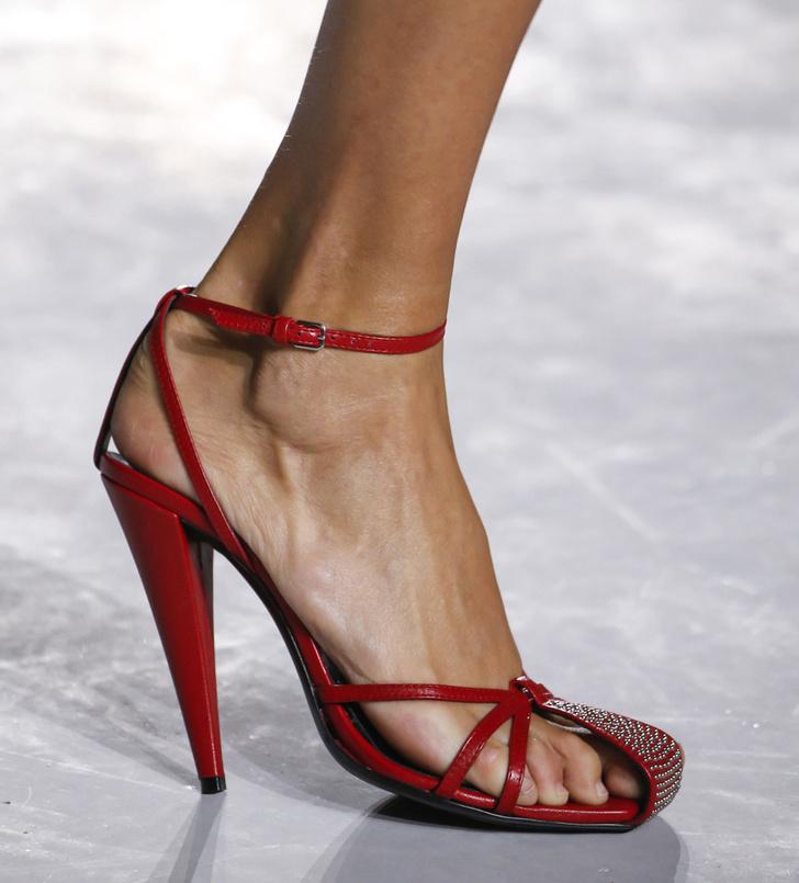Обувь на Неделе моды в Париже, которую вы будете носить весной фото [2]