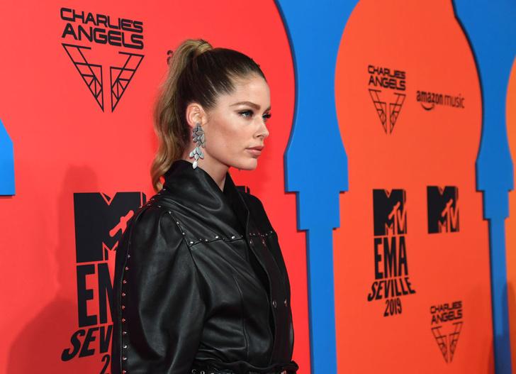 Обнаженные и откровенные: три супермодели на премии MTV EMA (фото 5)