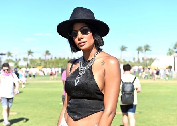 Как одеваются на Coachella? Стритстайл на главном фестивале. Часть #1 (фото 7)