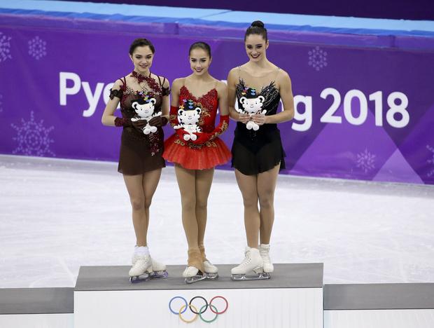 Российские фигуристки одержали победу на Олимпиаде в Пхенчхане (фото 7)