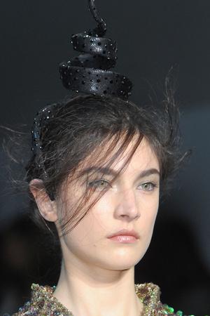 Показ Giorgio Armani Privé коллекции сезона Весна-лето 2012 года Haute couture - www.elle.ru - Подиум - фото 331685