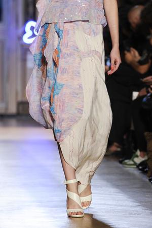 Показ Tsumori Chisato коллекции сезона Весна-лето 2013 года prêt-à-porter - www.elle.ru - Подиум - фото 458917