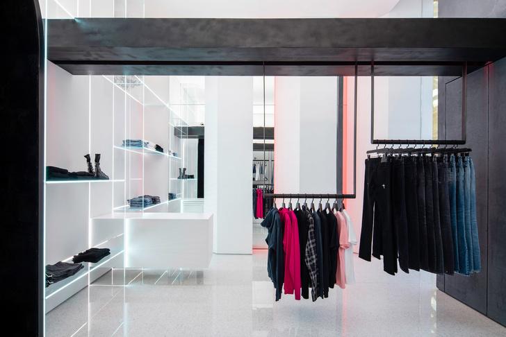 Бутик модного бренда RtA в Лас-Вегасе (фото 2)