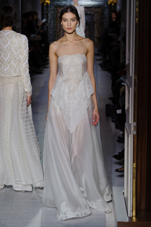 Показ Valentino коллекции сезона Весна-лето 2013 года Haute couture - www.elle.ru - Подиум - фото 480764