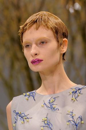 Показ Christian Dior коллекции сезона Весна-лето 2013 года Haute couture - www.elle.ru - Подиум - фото 478283