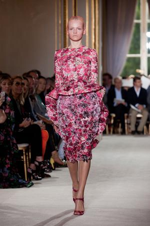 Показ Giambattista Valli коллекции сезона Осень-зима 2012-2013 года haute couture - www.elle.ru - Подиум - фото 403398