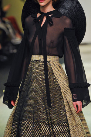 Показ Ulyana Sergeenko коллекции сезона Весна-лето 2013 года Haute couture - www.elle.ru - Подиум - фото 479284