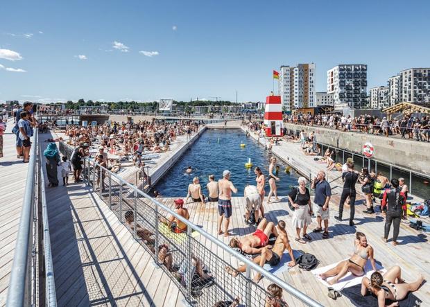 Гавань-бассейн Бьярке Ингельса в Дании (фото 3)