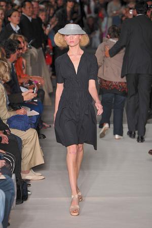 Показ Lefranc Ferrant коллекции сезона Осень-зима 2009-2010 года haute couture - www.elle.ru - Подиум - фото 88067
