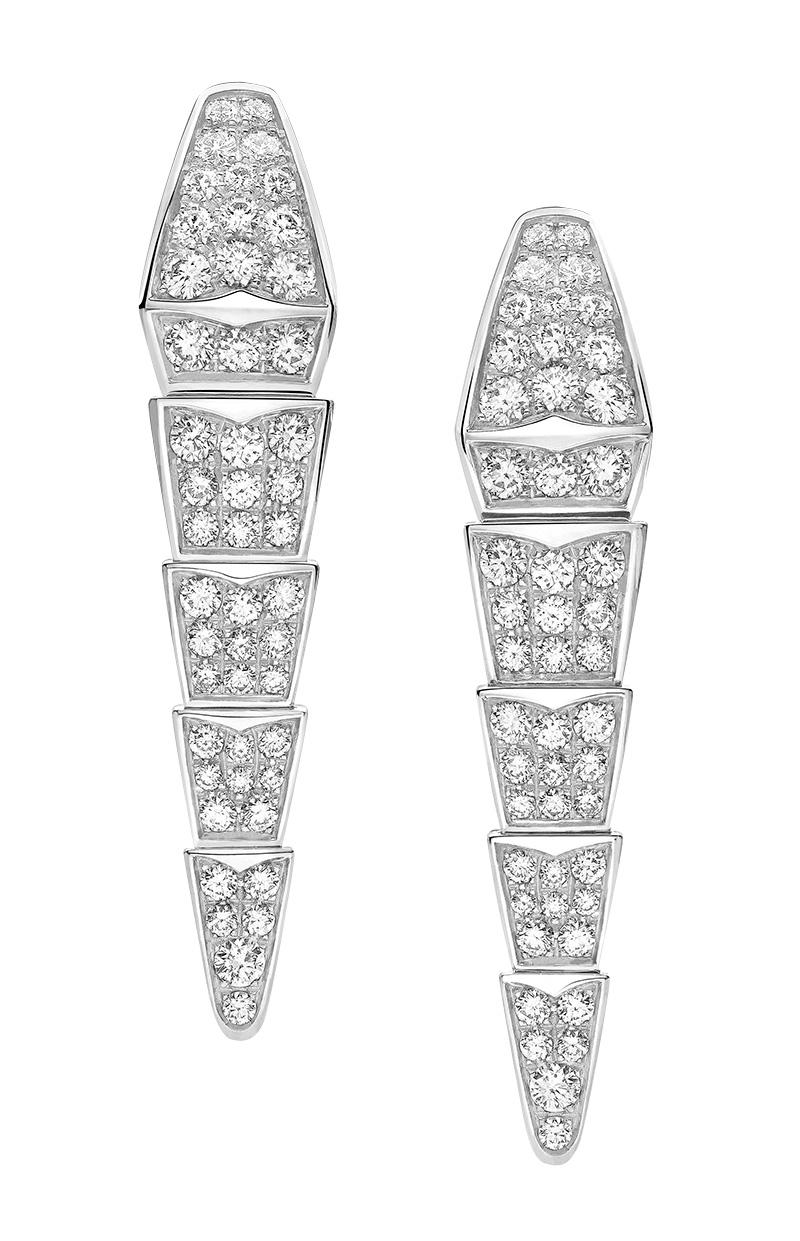 Серьги из коллекции Serpenti, белое золото, бриллианты, Bvlgari, бутики Bvlgari.