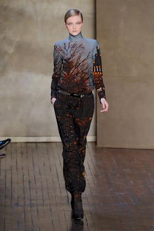 Показ Akris коллекции сезона Осень-зима 2011-2012 года prêt-à-porter - www.elle.ru - Подиум - фото 253599