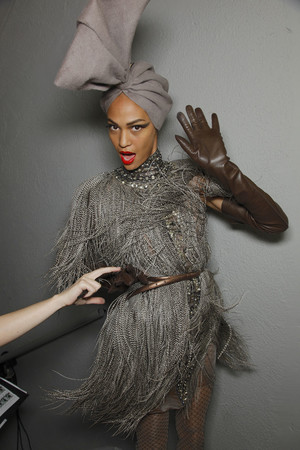 Показ Jean Paul Gaultier коллекции сезона Осень-зима 2010-2011 года haute couture - www.elle.ru - Подиум - фото 168533