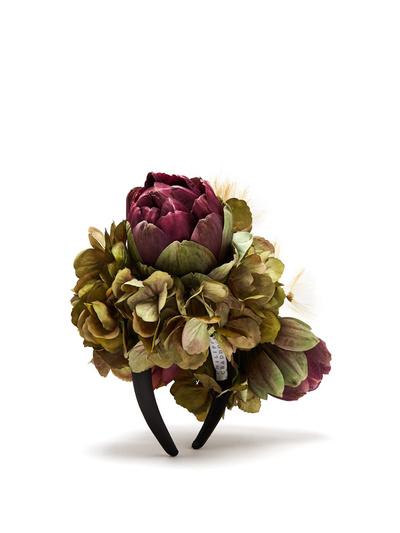 Королевский букет: как выглядят украшения для волос от флориста Меган Маркл (галерея 3, фото 1)