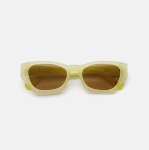 Крупным планом: солнечные очки RETROSUPERFUTURE (фото 2.2)