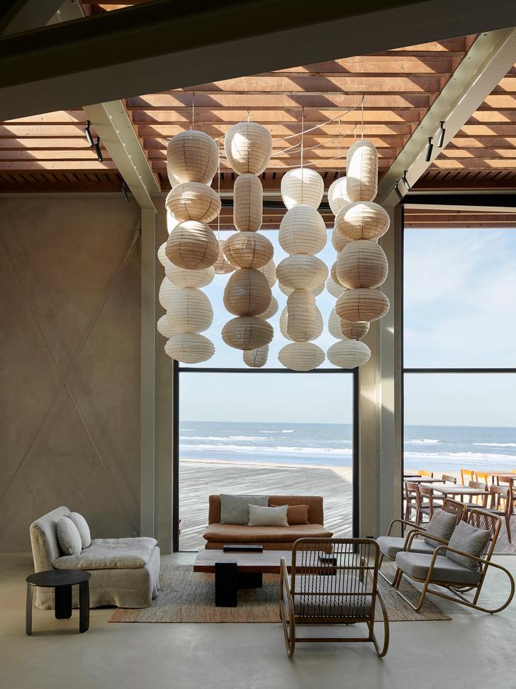 Уютный ресторан с видом на море (фото 7)