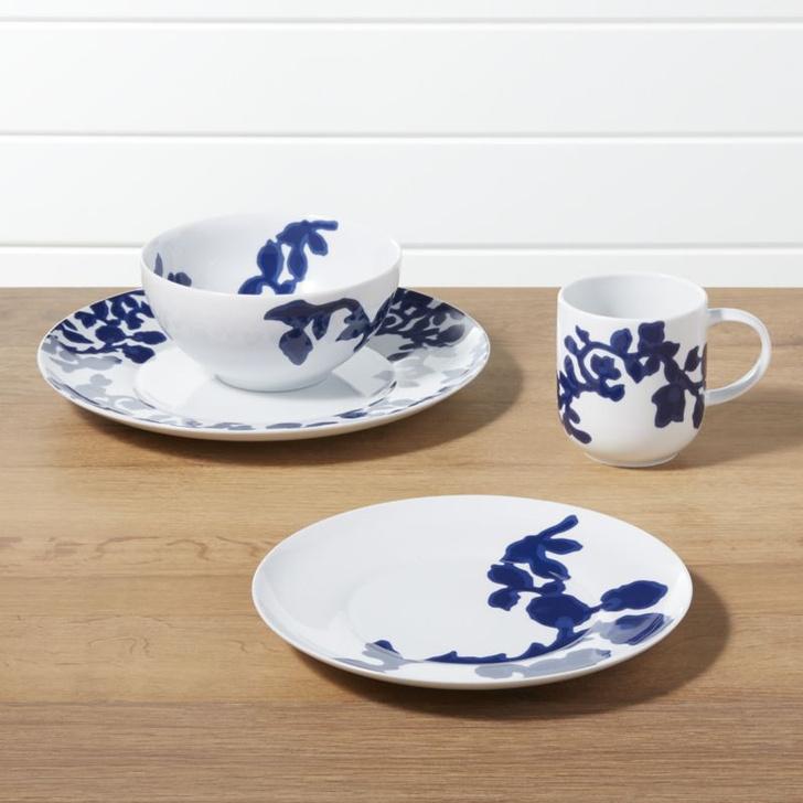 Риз Уизерспун выпустила коллекцию посуды и текстиля (фото 5)