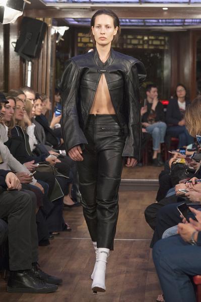 Неделя моды в Париже: день третий | галерея [4] фото [2]