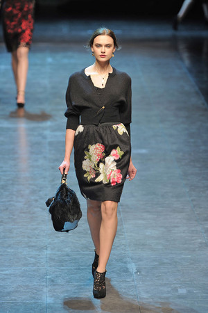 Показ Dolce & Gabbana коллекции сезона Осень-зима 2010-2011 года Prêt-à-porter - www.elle.ru - Подиум - фото 151846