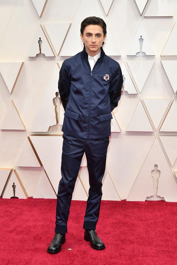 Внимание, работает полиция моды: Тимоти Шаламе в униформе Prada на «Оскаре-2020» (фото 1)