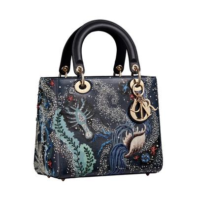 История одной сумки: как Lady Dior стала культовым аксессуаром? (галерея 2, фото 2)